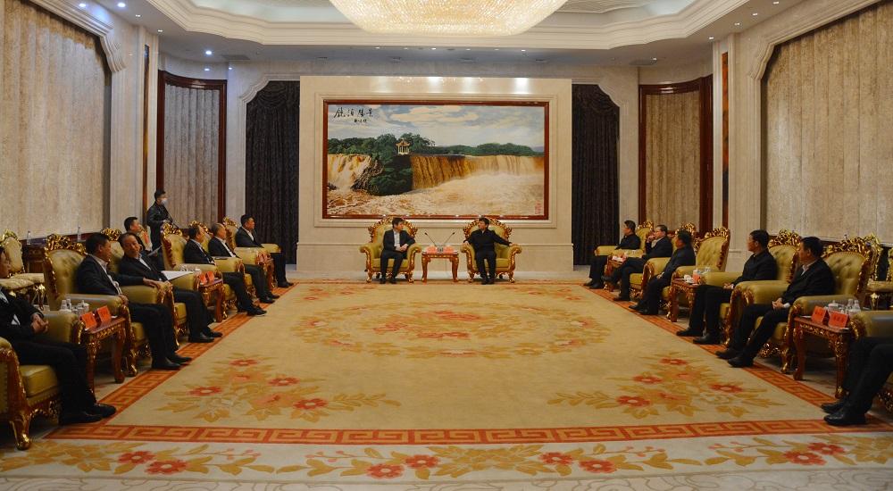宋权礼拜访牡丹江市委书记杨廷双并出席集团公司与牡丹江合作洽谈会